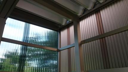 ポリカーボネート屋根